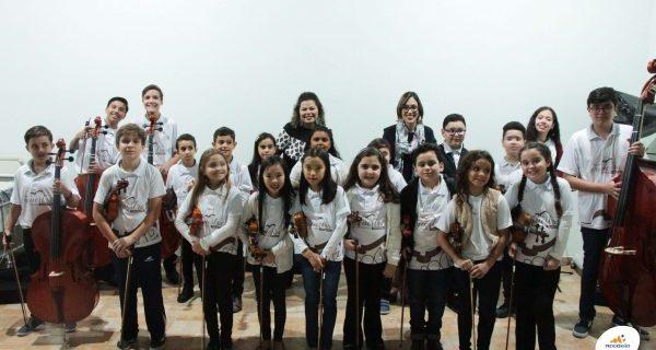 Apresentação da Orquestra de Cordas no Lar Santa Terezinha | Unidade Pindamonhangaba