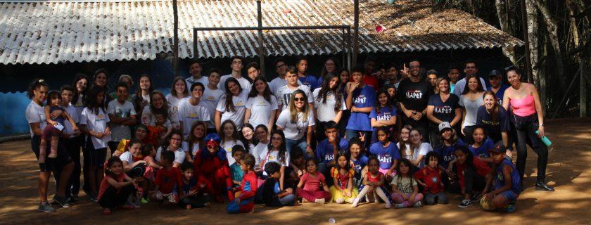 Alunos organizam festa de Dia das Crianças em projeto social de Taubaté
