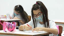 Colégio Progressão volta às aulas presenciais e online